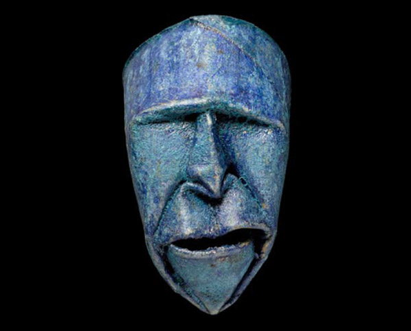 Thatrical Old Man Faces Made From Toilet Paper Rolls 8
